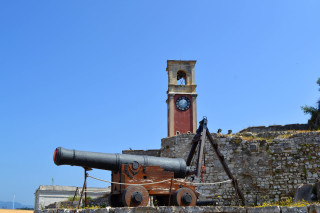 Corfu sightseeing Philoxenia hotel old Venetian cannon is located next to the Old Fortress